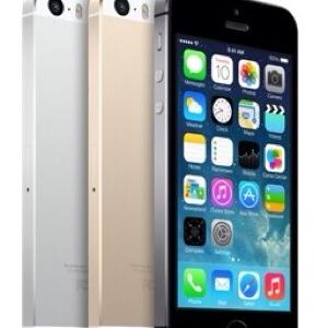 Quale tra le tre colorazioni dell'iPhone 5S è la migliore?